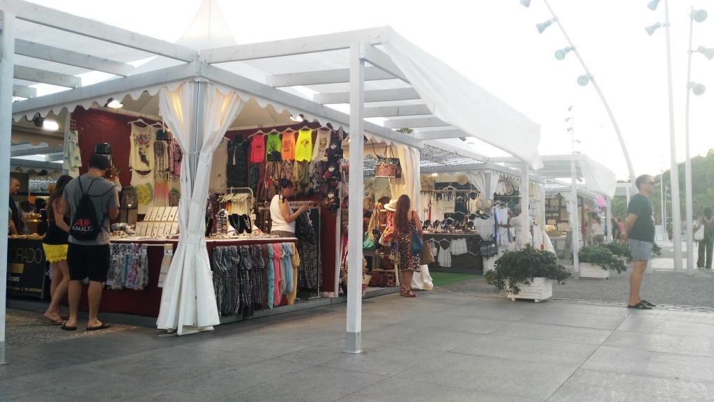 Mercado Muelle Uno